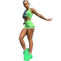 fluorescente shorts mulheres venda por atacado-Mulheres Designer Rasga Buraco Tops de Culturas Treino Bordado Letras Tanque Vest Shorts 2 Peça Set Outfit Marca Calções Fluorescente Terno C53006