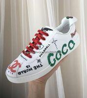 ingrosso scarpe bianche morbide e piatte-Scarpe da uomo con tacco in pelle stampata Graffiti stampata bianca per uomo