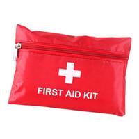 ingrosso corsi di pronto soccorso-First Aid Kit per Outoor Gadget di sopravvivenza di emergenza Viaggi Home Office Veicolo Camping Workplace Coperta di emergenza Forbici per esterni