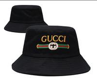 fischerhüte für männer großhandel-Modedesigner Leder Brief Eimer Hut für Herren Damen faltbare Mützen schwarz Fischer Strand Sonnenblende Verkauf Folding Man Bowler Cap