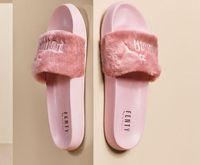 zapatillas grises de hotel al por mayor-2019 Leadcat Fenty Rihanna Zapatos para mujer Zapatillas Sandalias de interior Zapatillas de moda para niñas Rosa Negro Gris Diapositivas de piel Zapatos de mujer Star SWith