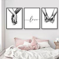 pinturas de arte de parede preta venda por atacado-Nordic Poster Preto E Branco De Mãos Dadas Cópias Da Lona Imagem Amante Citação Pintura Da Arte Da Parede Para Sala de estar Decoração Minimalista