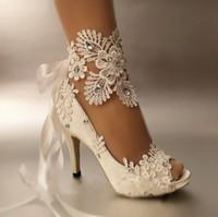zapatos abiertos de la boda del cordón al por mayor-Zapatos de vestir Mujeres Bombas Zapatos de novia de encaje con punta abierta Peep Toe Mancha elegante Tacones altos Riband Talla grande 41 42 43