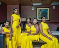 faixa amarela para vestidos de damas de honra venda por atacado-Um ombro Bainha Vestidos dama de honra Satin Mermaid Prom Partido Africano Vestido com Faixa plissados vestidos longos amarelos convidado do casamento formal