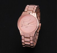 marcas de relojes de pulsera de las mujeres al por mayor-Reloj casual Marca famosa Reloj de cuarzo Hombre Mujer caqui Relojes de pulsera de acero Relojes Montre Homme Erkek Kol Reloj de pulsera