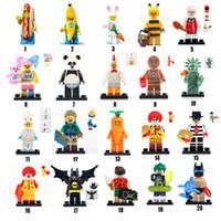 küçük oyuncak bloklar toptan satış-Çocuklar için Muz Robin KFC batman Panda Sıcak dag Tavşan Havuç Joker sevimli oyuncaklar anlamaya compatib Tuğla küçük mobilyalar engellemek