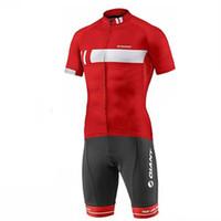 mono deportivo para hombre al por mayor-GIANT triatlón skinsuit verano deportes hombres manga corta ciclismo jersey conjunto mono roupa ciclismo feminina uniforme