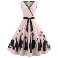 audrey hepburn baskı elbisesi toptan satış-Kenancy Audrey Hepburn 1960 s Parti Elbise Seksi V Boyun Kolsuz Kemerler Kadın Retro Elbise Kedi Baskı Rockabilly Salıncak Vestidos Robe Y190425