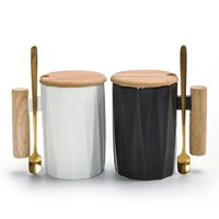 colheres de café de cerâmica venda por atacado-330 ML Cerâmica Canecas com Punho De Madeira e Colher De Ouro Conjunto Branco Cor Preta Copo de Leite De Água Canecas de café