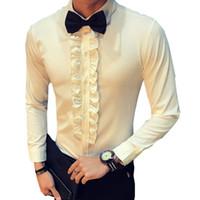 ingrosso uomini in camicia nera increspata-Retro Shirt Men Wedding Party Ruffle Vintage Camicia Bianca Uomo Nero Chemise Homme Slim Fit Asian Fasion Stage Abbigliamento