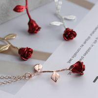 handgemachter blumencharme großhandel-Rote Rose Blume Anhänger Halskette Delicate Handmade Alloy Überzogene Charme Valentine Geschenke Frauen Modeschmuck LJJT859