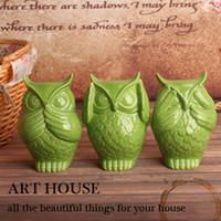 baykuş oda dekoru toptan satış-Yeşil üç sevimli coruja ceramica baykuş figürleri ev dekor seramik el sanatları süs el sanatları odası dekorasyon porselen heykelcik