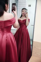 vestido de piso perfeito venda por atacado-Elegante Off-a-ombro Cap Sleeve Red Formal Vestido A linha Andar de comprimento Perfeito Prom Dress Plissado Corset Red Formal Dress