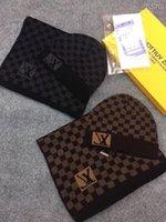wollschals großhandel-Top Qualität Celebrity design Brief Drucken Woolen Schal Cap Set Männer Frau Kaschmirwolle Schal Hut 2pc PETIT DAMIER M70930 002 Mit Box