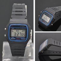 смотреть силиконовый пластик оптовых-LED цифровые часы, многофункциональный унисекс пластиковый мягкий ремешок силиконовый резиновый ремешок спортивные случайные водонепроницаемые наручные часы (черный)