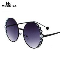 designer-sonnenbrille perlen großhandel-Luxus übergroße runde Sonnenbrille Frauen-Art- und Cat Eye Perlen Sonnenbrille Weinlese-Marken Designer Sonnenbrillen Punkte Metall