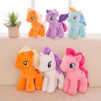 tek boynuzlu dolmalık oyuncaklar toptan satış-25 cm Karikatür Unicorn Peluş Bebek Çocuk Gökkuşağı Küçük Atlar Yumuşak Dolması Hayvan Oyuncak Unicorn Bebek Parti Favor 6 Renkler EEA489