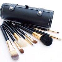 cepillo de madera para cimientos al por mayor-Marca M 9 piezas de maquillaje Juego de pinceles de viaje Belleza profesional Mango de madera Fundación Labios Cosméticos Pincel de maquillaje con estuche para taza