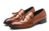 spitzen männer schuh großhandel-Männer kleiden Schuhe Qualitäts-Männer Formal Lace-up Business-Oxford-Schuhe Männer Hochzeit Zipfel lässige Schuhe plus Größe