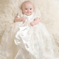 vintage taufkleider für mädchen großhandel-Hübsche weiße Spitze Baby Taufkleider Kinder Taufe Kleider Kurzarm Vintage Baby Mädchen Taufkleider Kinder Kleid