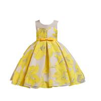 eski çocuklar toptan satış-2019 Vintage Dantel Rustik Aplike Düğme Çiçek Çocuk Elbise Kabarık Tül Balo Pageant Elbise Düğün Akşam