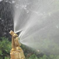 ingrosso spruzzatore da giardino-Foschia regolabile Foro dorato Foro per foro Ottone Spray Nebulizzazione Garden Cooling 3/4 fori Sprinkler Fitting Hose Brass