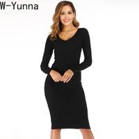 sıkı diz elbiseleri toptan satış-W-Yunna 2019 Sonbahar Kış Yeni V Yaka Temel Stil İnce Siyah Kazak Elbise Kadın Örme Sıkı Diz Boyu Uzun Jumper Kazak