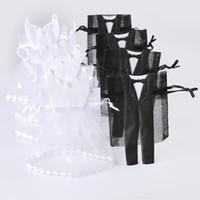 taschen für bräute großhandel-Organza Drawstring Candy Bag 25 * Smoking 25 * Kleid Braut Bräutigam Hochzeit Bevorzugungen Party Geschenktüte