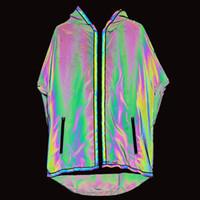 uzun ince ceket erkek toptan satış-2019 Trençkot Erkekler Renkli Ince Uzun Ceket Erkekler Yansıtıcı Ceketler Kapşonlu Coat Gece Kulübü Punk Rüzgarlık Jaqueta Masculino Mens Palto
