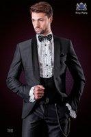ingrosso vestito grigio del carbone di legna-Moda grigio scuro smoking dello sposo eccellente abito da sposa groomsman da uomo formale vestito da festa di promenade (giacca + pantaloni + cravatta + gilet) 2085
