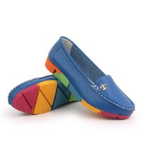 mocasin azul zapatos mujeres al por mayor-Zapatos planos de mujer Zapatos de cuero genuino Slip on Ballet Ladies Soft Mocasines Blanco Verde Azul Camuflaje de melocotón