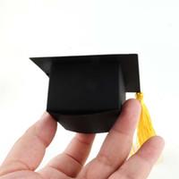 gorra con picos negros al por mayor-Sombrero doctoral Caja de dulces con trigo Espiga Bachelor Cap Cofre Celebración Fiesta Cajas de embalaje Creativo Negro 0 35wja C1