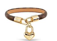 Wholesale chain pattern for men resale online - Fashion Louis Leather Bracelets for Men Woman Designer wristband Leather Flower Pattern Bracelet pearl jewelryea36
