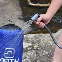 ingrosso pompa acqua da campeggio-Doccia di campo portatile pieghevole gonfiabile della borsa di acqua della doccia di pressione del PVC 11L con la pompa a pedale per il viaggio rampicante di campeggio all'aperto
