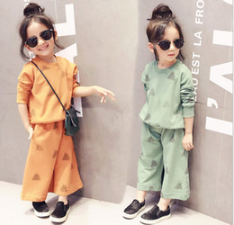 Wholesale Wholesale Sweat Outfits - (Sweater+ pants) 2 pieces girl kids loose pants sets Baby causal sweat suittracksuit Ultra-wide-leg outfits suit set Sports Set girls A11