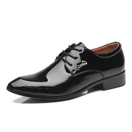 Wholesale British Fabrics - 2017 New arrival Men New Fashion Men Wedding Dress Shoes Black Shoes Round Toe Flat Business British Lace-up Men's shoes 110X