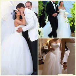 Wholesale bead strapless gown - Kim Kardashian Sweetheart Strapless Wedding Dress 2017 New Design Cheap Bridal Gown Chapel Train