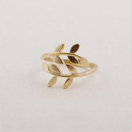 Anelli unici per i disegni delle donne online-Anelli a grappolo con foglia bella Anello unico per donna con anello regolabile in oro 18 carati per vendita24