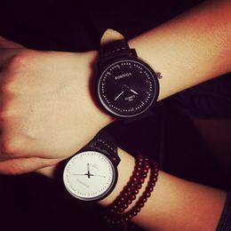 Wholesale Japan Watches For Women - 2016 New Fashion Japan Core High Quality PU Leather Quartz Watch Wrist Watch Gift for Women Men Boy Girls 1 Year Warrenty