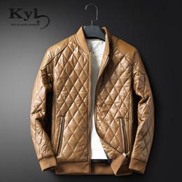 Canada Vente en gros Kunyulang 2017 en cuir manteau hommes Slim Fit nouvelle hiver chaud pour hommes rembourré veste col montant moto veste veste avec fourrure BSGD611 supplier xxs leather Offre