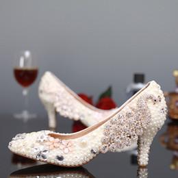 Wholesale White Rhinestone Lady Shoes - Fashion White Pearl Kitten Heels Bridal Wedding Dress Shoes Rhinestone Round Toe Stiletto Heel Lady Shoes Woman Party Pumps