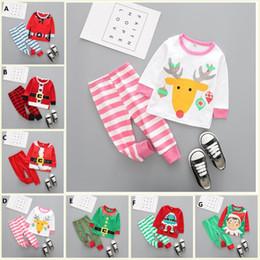 Kleine jungs passt mädchen online-Kinder Weihnachten Nachtwäsche Kinder Kleidung Jungen Anzüge Mädchen Baumwolle Hirsch Streifen Tops Hosen Pyjamas Santas kleine Helfer Nachtwäsche Sets