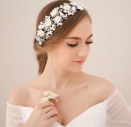 Wholesale Crystal Flower Suppliers - Hot Vintage Wedding Bridal Crystal Rhinestone Pearls Hair Accessories Flowers Pieces Pins Headband Beaded Princess Tiara Jewelry Suppliers