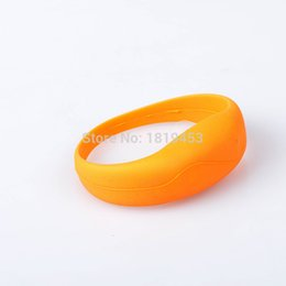 Wholesale Shake Sensor Led - Silicone Flashing LED Shake Vibration Activated Motion Sensor Bracelet Wrist band bands Disco Bangle