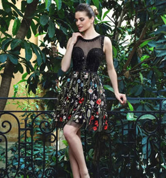 Wholesale floral embroidery short prom dresses - New Arrival Embroidery Short Black Homecoming Dress Floral Prom Dresses 2017 Sheer Sleeveless Graduation Dress Cocktail Party dress
