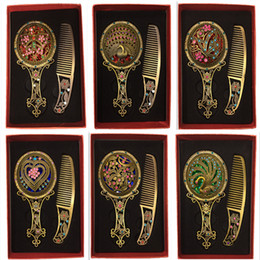 Wholesale Style Compact Mirrors - Fashion Classic Retro Vintage 2pcs Antique Copper Compact Mirrors Hollow Mirror Comb Sets Gift around 30 styles mix