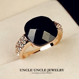 Wholesale Rose Onyx - Rose Gold Color Square Black Onyx and Austrian Rhinestone Inlaid Lady Fashion Finger Ring (Gold Silver) Wholesale 18KRGP