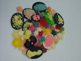 Wholesale Resin Flatback Cameo - DIY 30g a lot different colourful mix resin flatback cameo Flowers animal figure Vintage Style wholesale Random delivery ORB0001