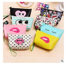 Wholesale Lips Purse - Designer Handbags Lip Lady Modern Girls Bags Women Zipper Storage Bags PU Large Capacity Waterproof Makeup Bags Best Gifts Free Shipping