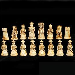 2019 jogos de mesa de natal Caixa de couro de madeira chinesa de colecionáveis com conjunto de xadrez de 32 peças